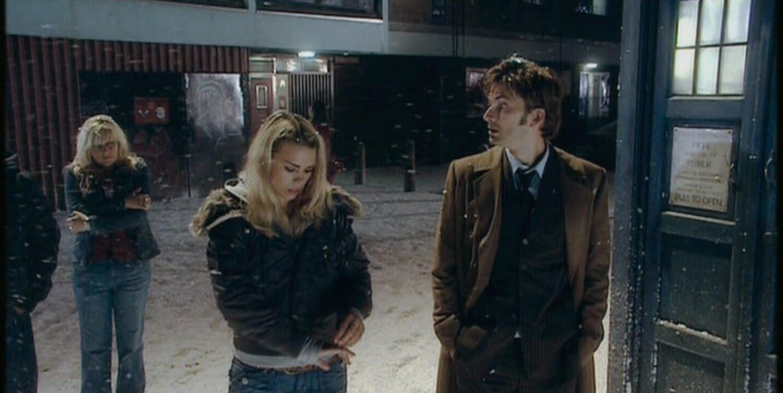 Jackie Tyler, Rose Tyler, Dziesiąty Doktor przy TARDIS, The Christmas Invasion.