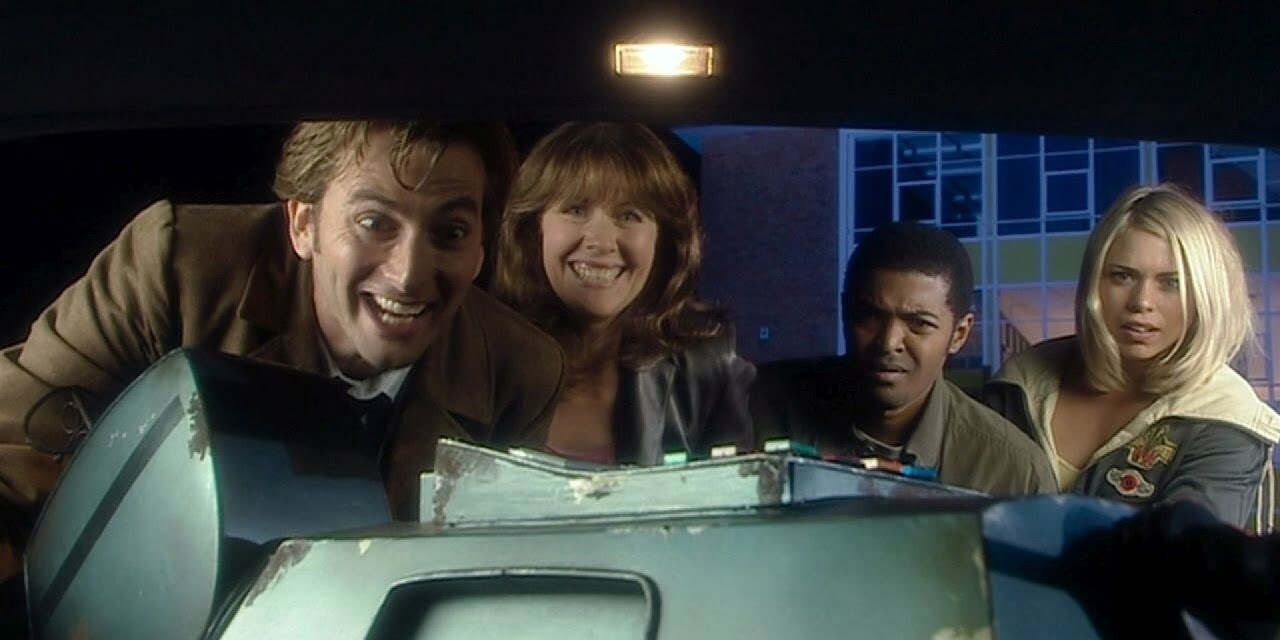 Dziesiąty Doktor, Sarah Jane, Mickey, Rose, K9, School Reunion